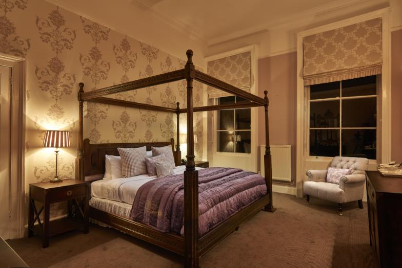 Corus Burnham Beeches master bedroom | Burnham Beeches Hotel