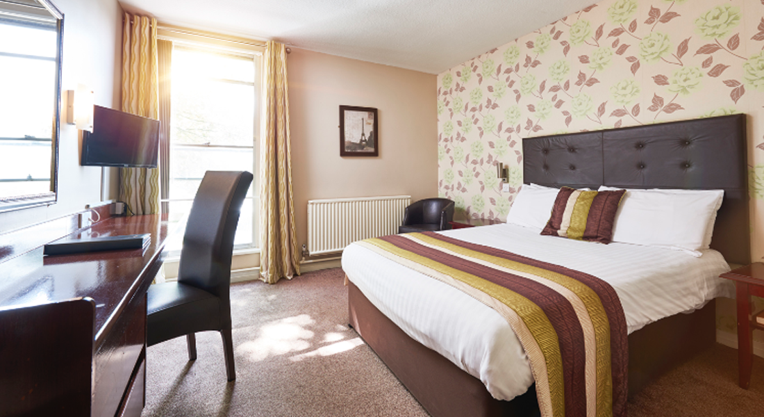 classic room | The St James Hotel